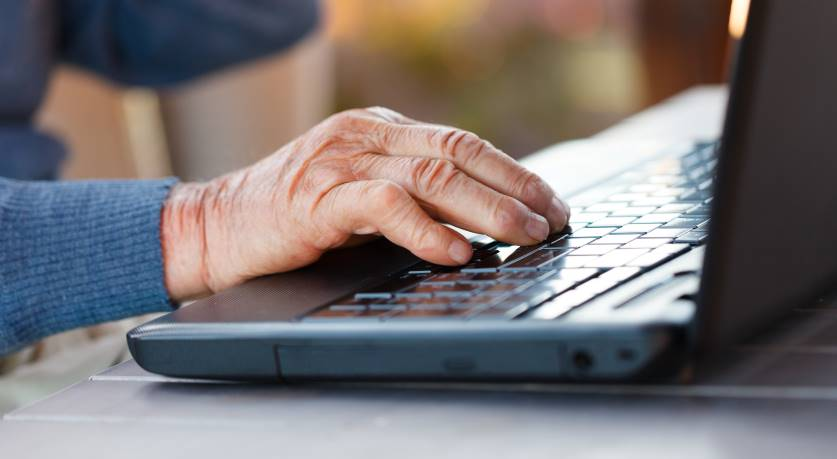 elderly-broadband-2-1591787829mWoVz