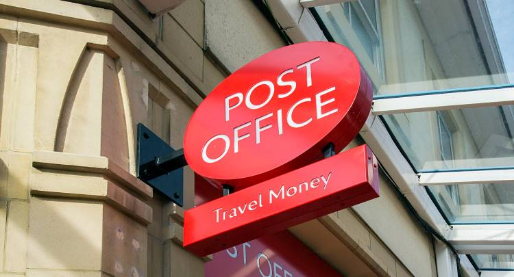Post Office Resumes Selling Travel Currency