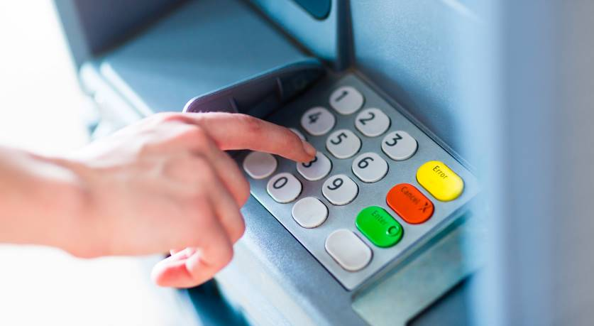 Banks May Be Required to Alert Regulators If They Plan to Close Branches or Cash Machines
