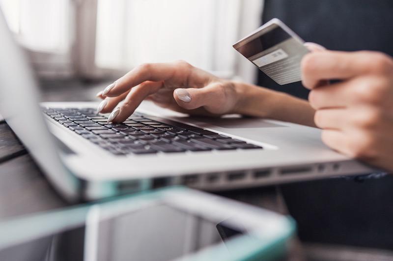 credit-card-spending-lockdown-1594886603Hhz0w