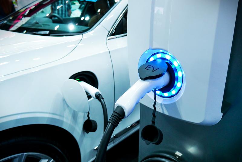 Alternativas al coche eléctrico: ¿Diésel o Híbrido?