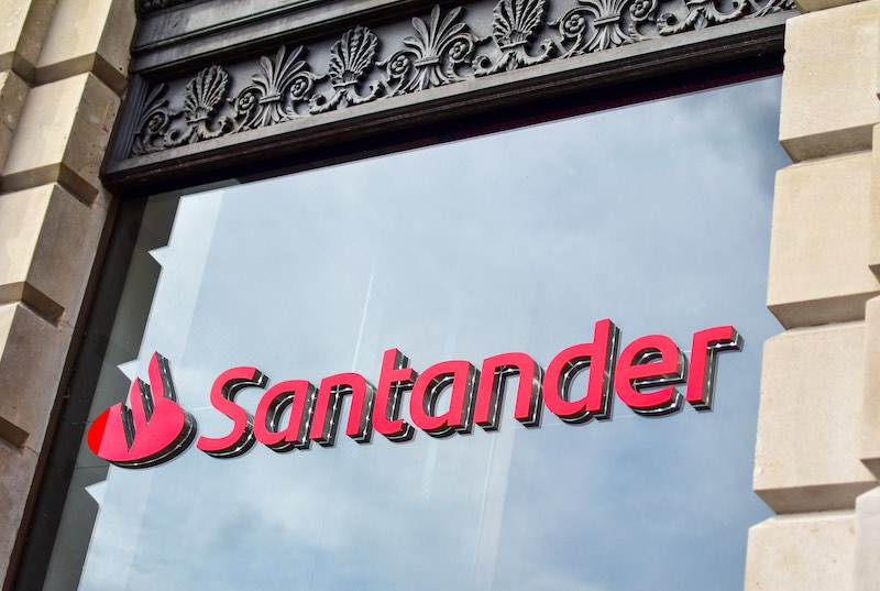 Santander-to-Cut-Interest-on-Its-123-Accounts-for-the-Third-Time-in-a-Year