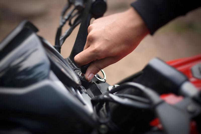 Los documentos que siempre debes llevar en tu moto