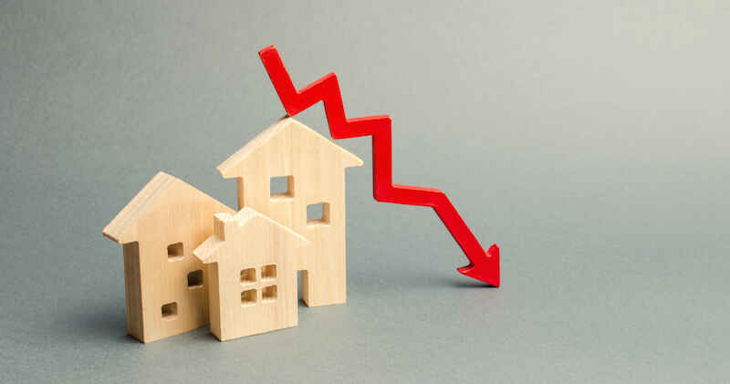 average-mortgage-rates-projected-to-fall-to-1.6%-next-year (1)