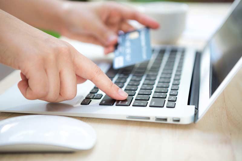online-bank-computer